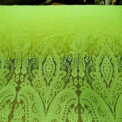vente de tissu dentelle légèrement lycra anis en 1.60m de large