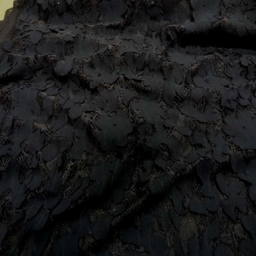 Dentelle marron faconne rajout de tissu en coton