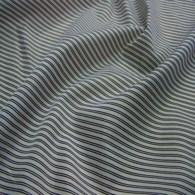 Doublure blanche raye noir