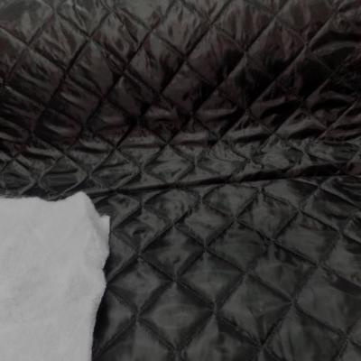 Doublure matelasse noire
