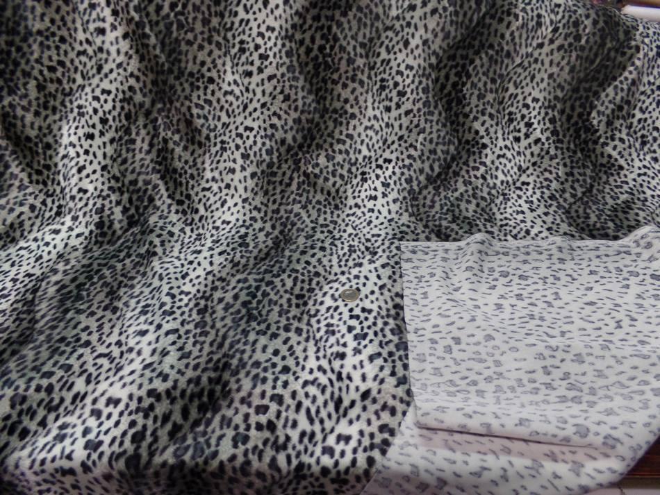 Fausse fourrure fauveton blanc et gris