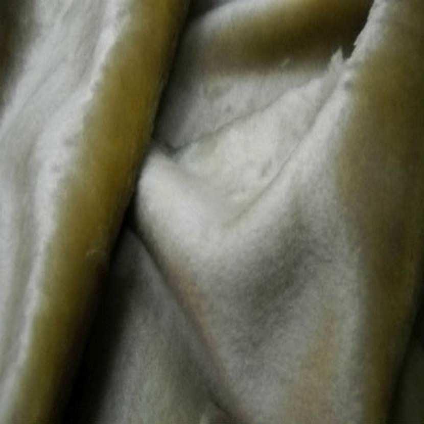 Fausse fourrure touche velours beige