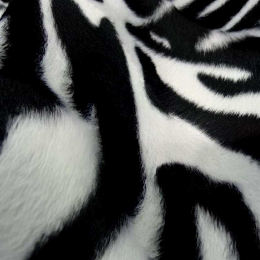 Fausse fourrure zebre1