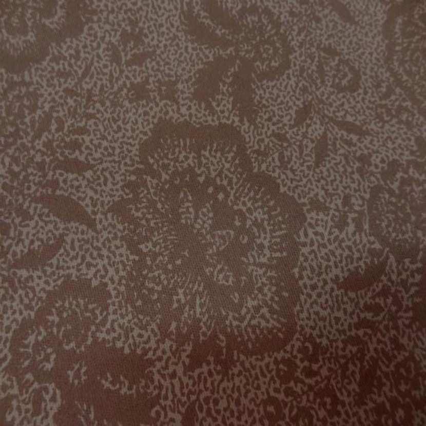 Gabardine coton lycra imprime marron en 1 45 m8