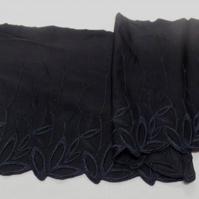 Galon de jersey polyester brode noir en 19cm