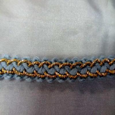 Galon de laine bleu avec fil lurex dore en 1 2 cm