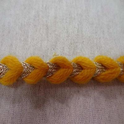 Galon de laine jaune safran lurex dore