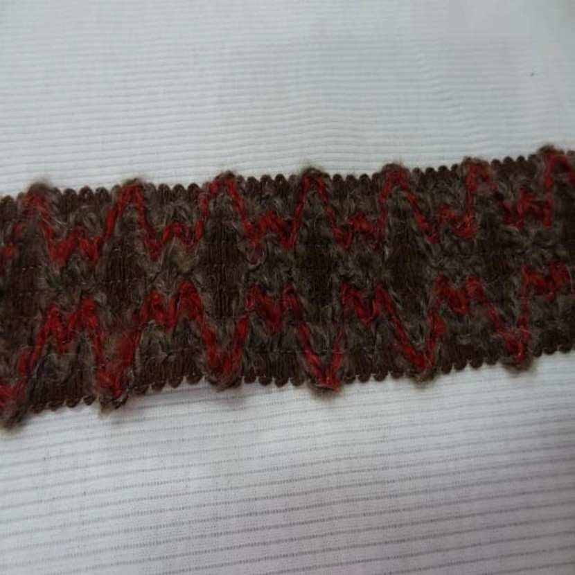 Galon de laine ton marron en 4 5 cm