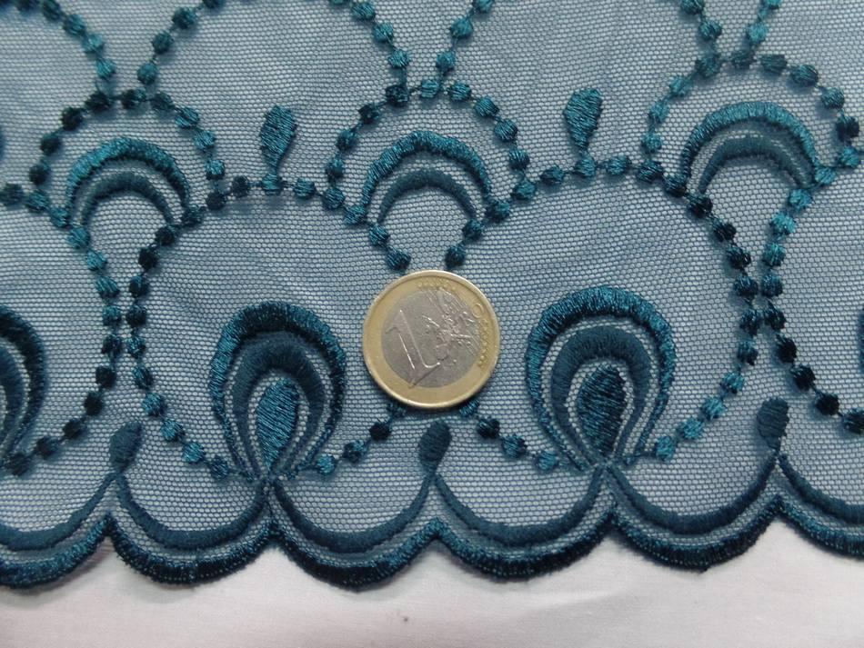 vente de galon de résille brodé bleu canard en 26 cm