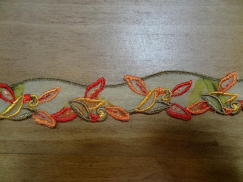 Galon de résille brode feuillages ton kaki orange rouge en 2 6m