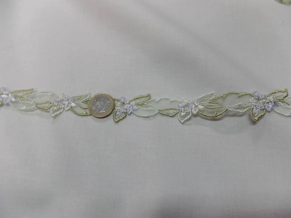 galon de résille dentelle blanche brodé ton blanc et doré en 2 cm