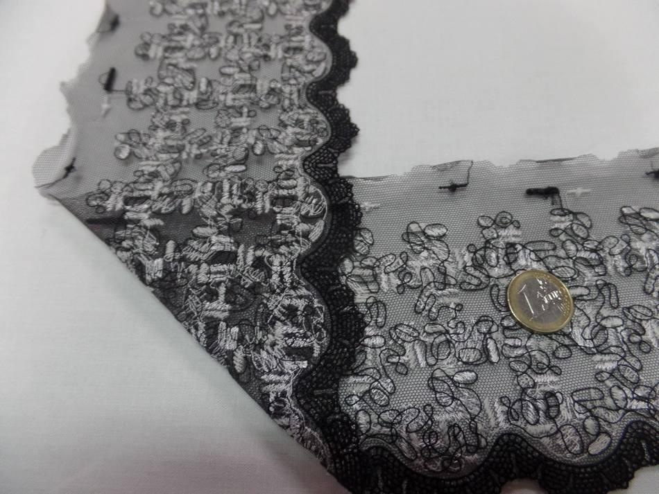 galon de résille grise brodé noir et blanc en 12 cm pas cher