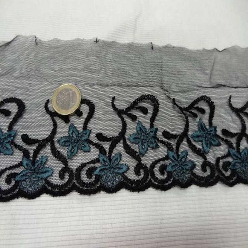 Galon de resille noire brode noir bleu5