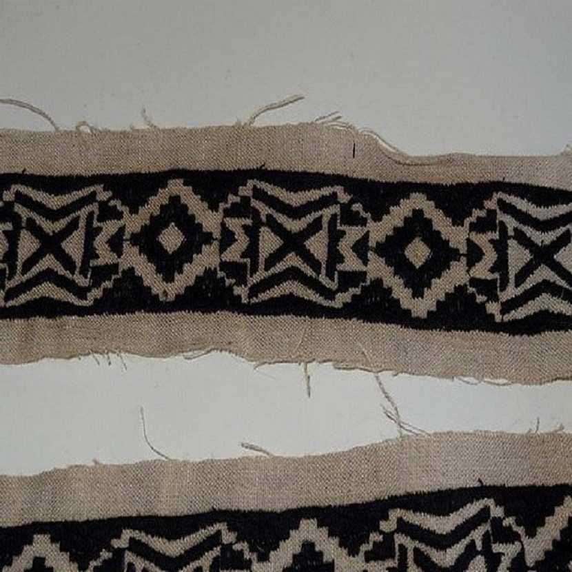 Galon en lin ton naturel et noir motifs ethnique