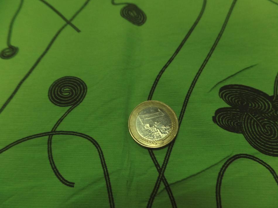 achat en ligne tissu jersey coton lycra dans la largeur vert anis et noir
