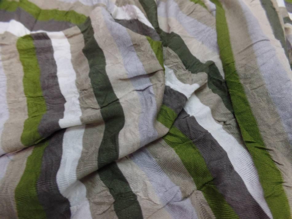 Jersey coton melange fin froisse permanent a rayures ecrue taupe kaki et gris2