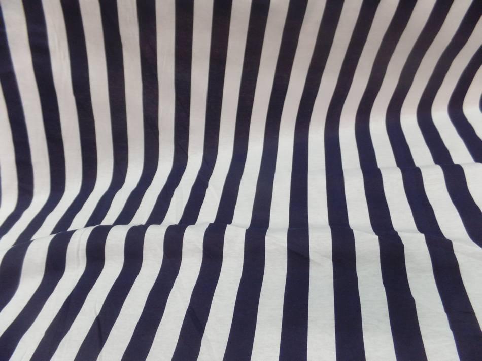 Jersey coton raye bleu marine et blanc4