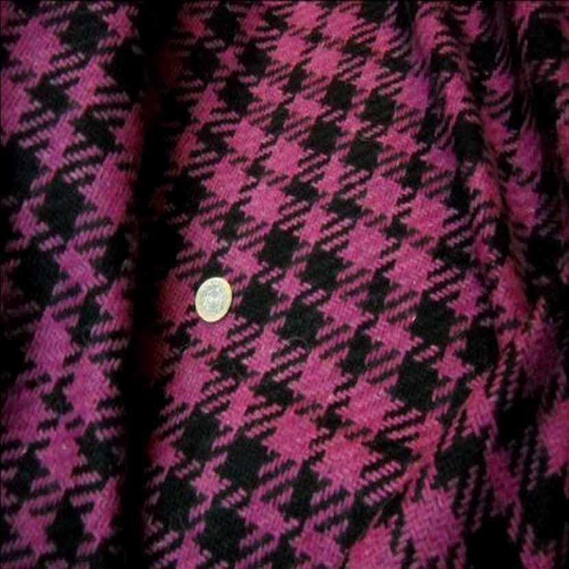 Lainage facon channel rose et noir1