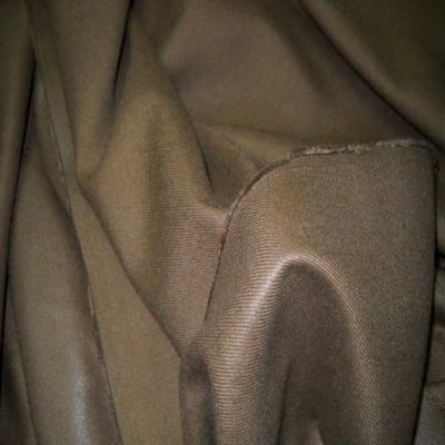 Lainage leger beige marron