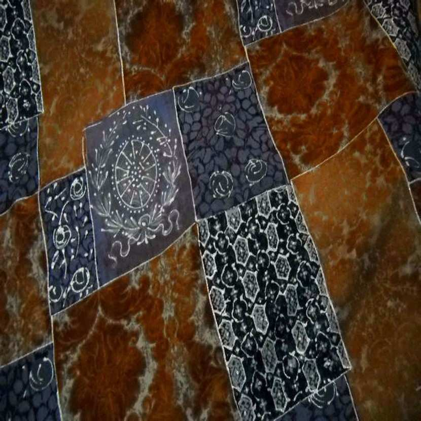Lainage leger facon patchwork caramel et bleu