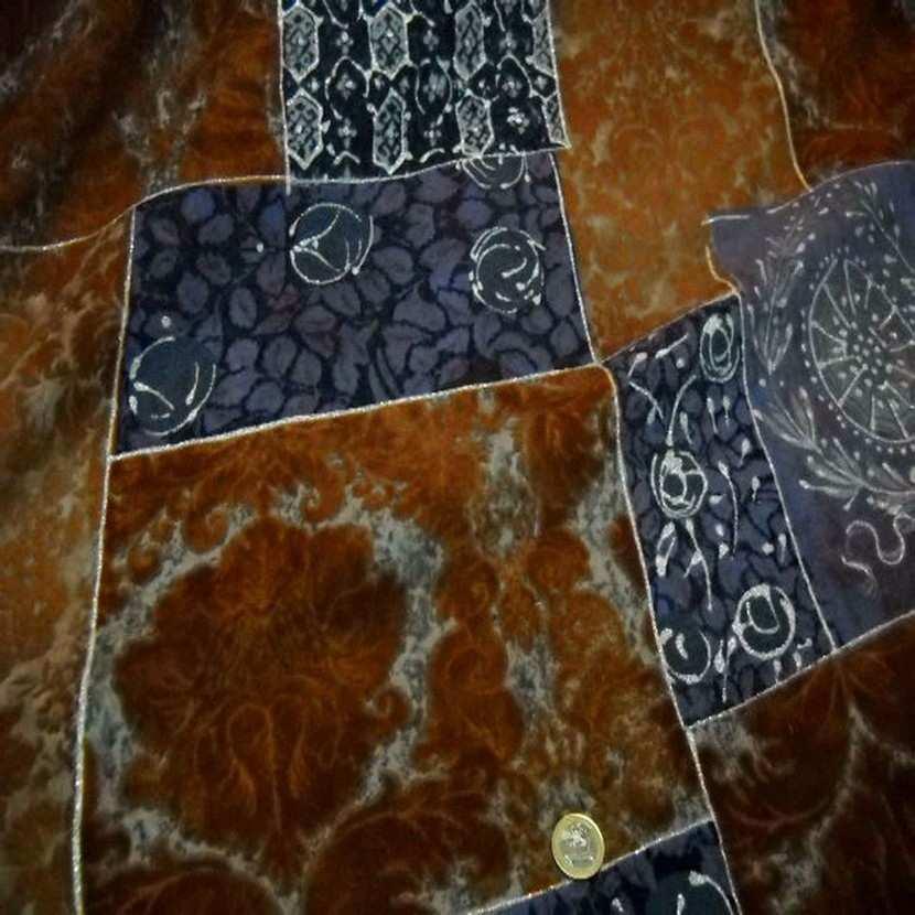 Lainage leger facon patchwork caramel et bleu5