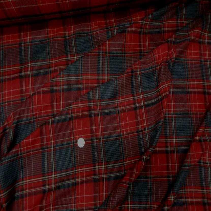 Lainage leger motifs ecossais