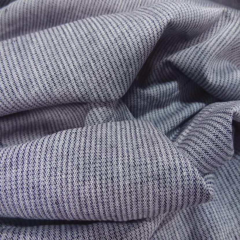 Lin chambray gris noir chine a rayures tres fine aspect chevron