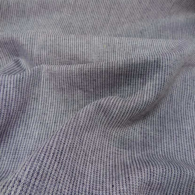 Lin chambray gris noir chine a rayures tres fine aspect chevron0