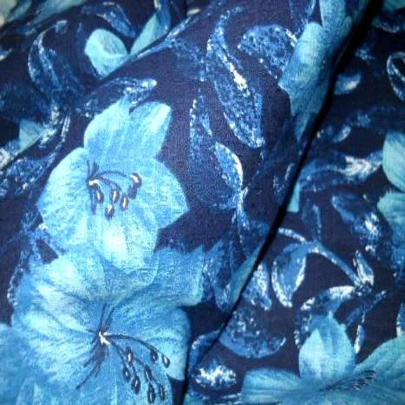 Lin coton imprime fleurs ton bleu1