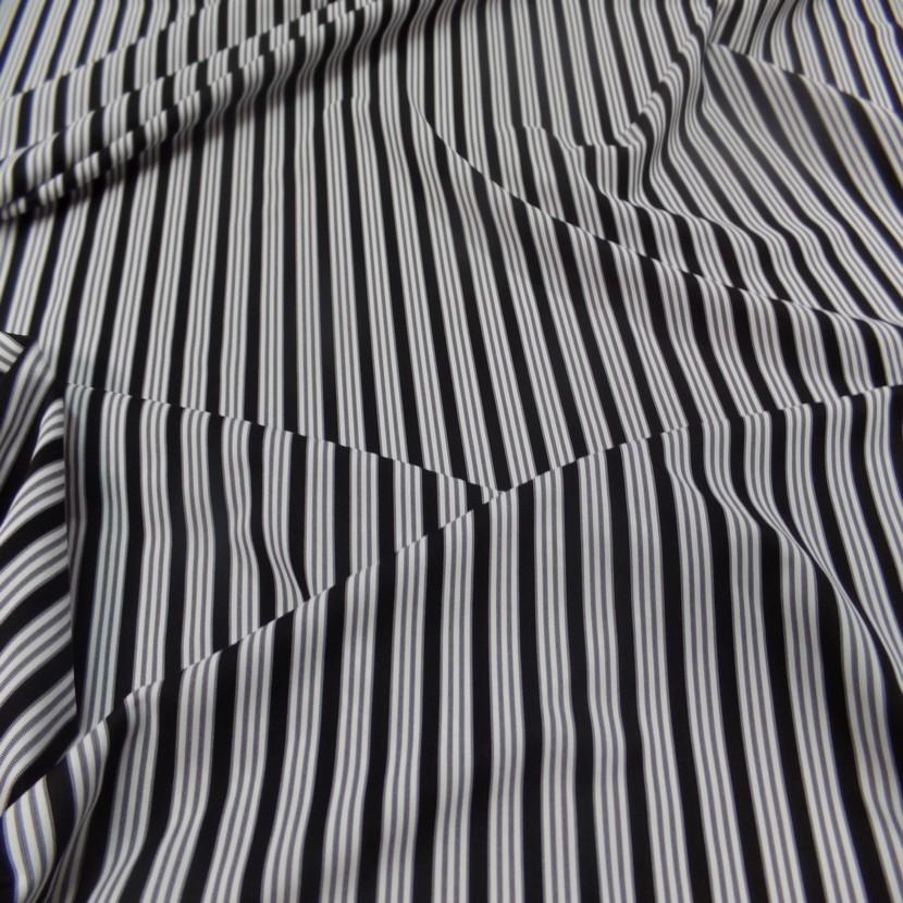 Lycra a rayures blanc et noir8