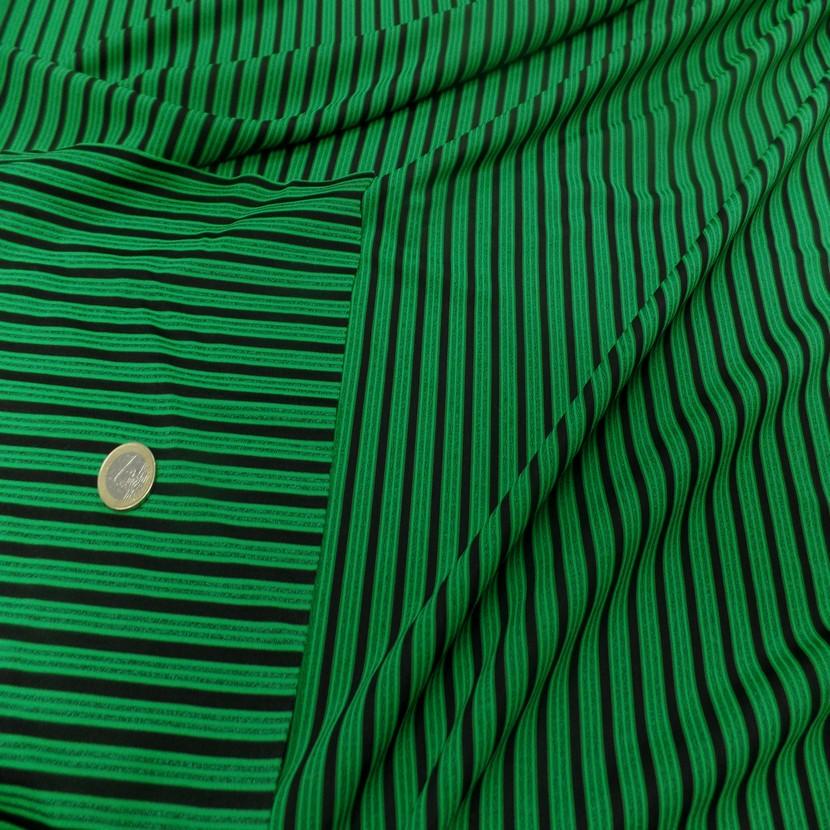 Lycra a rayures vert et noir3