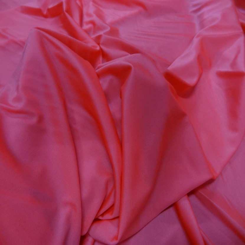 Lycra fin satine sorbet fraise en 1 45 m de large5
