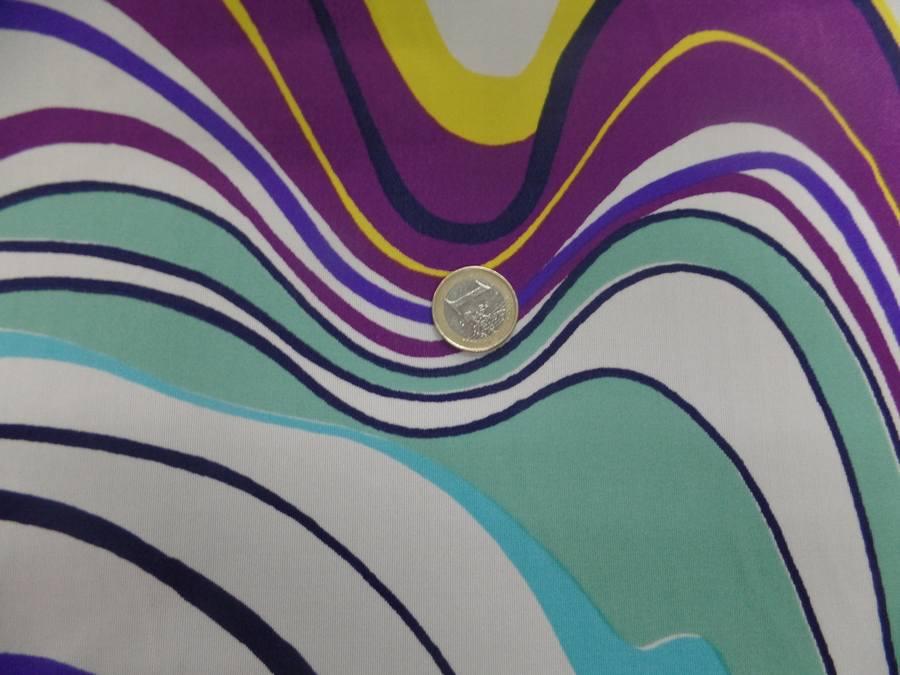 Lycra imprime annee 70 ton blanc bleu jaune et viole7