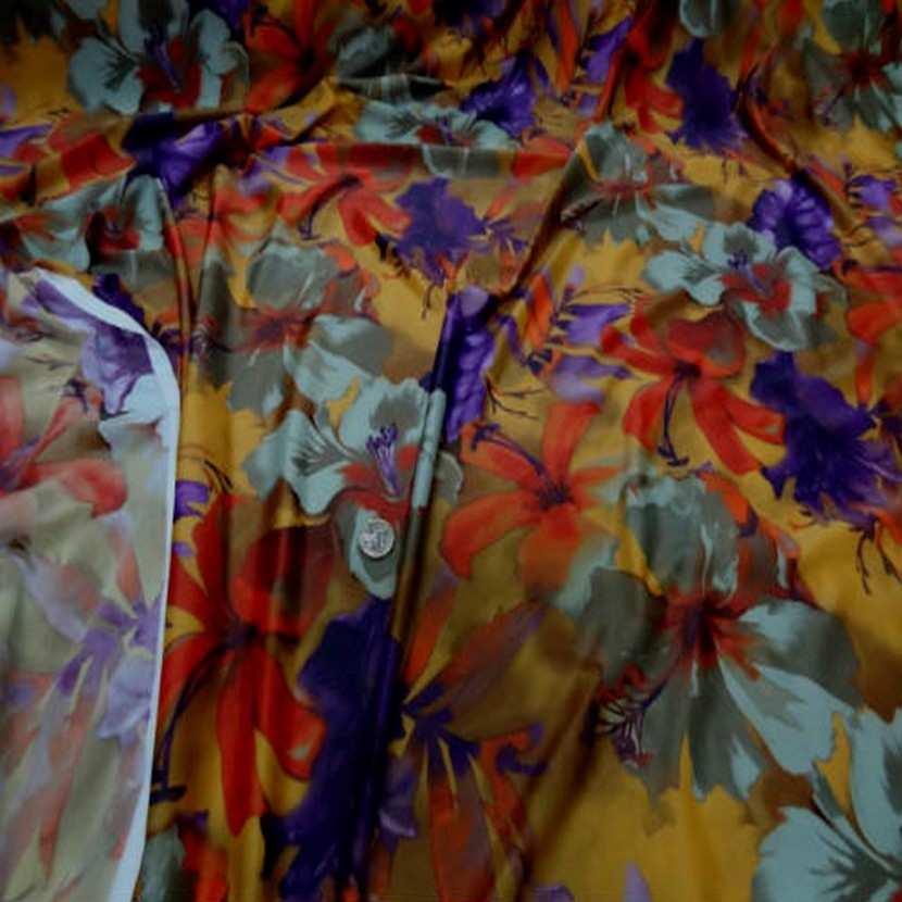 Lycra imprime fleurs safran prune9