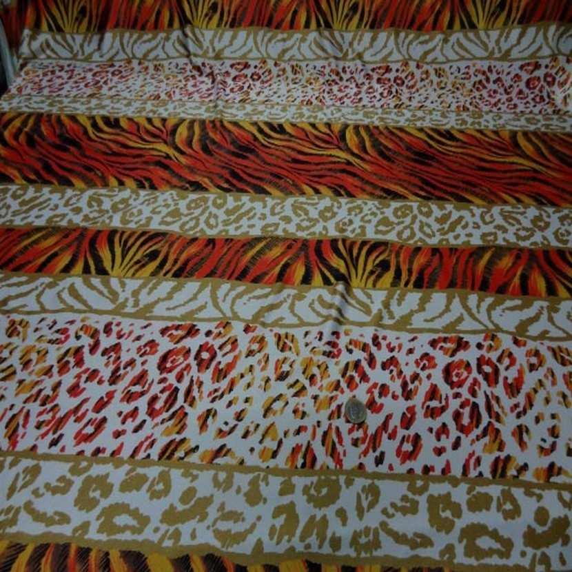Lycra imprime fourrure blanc orange5