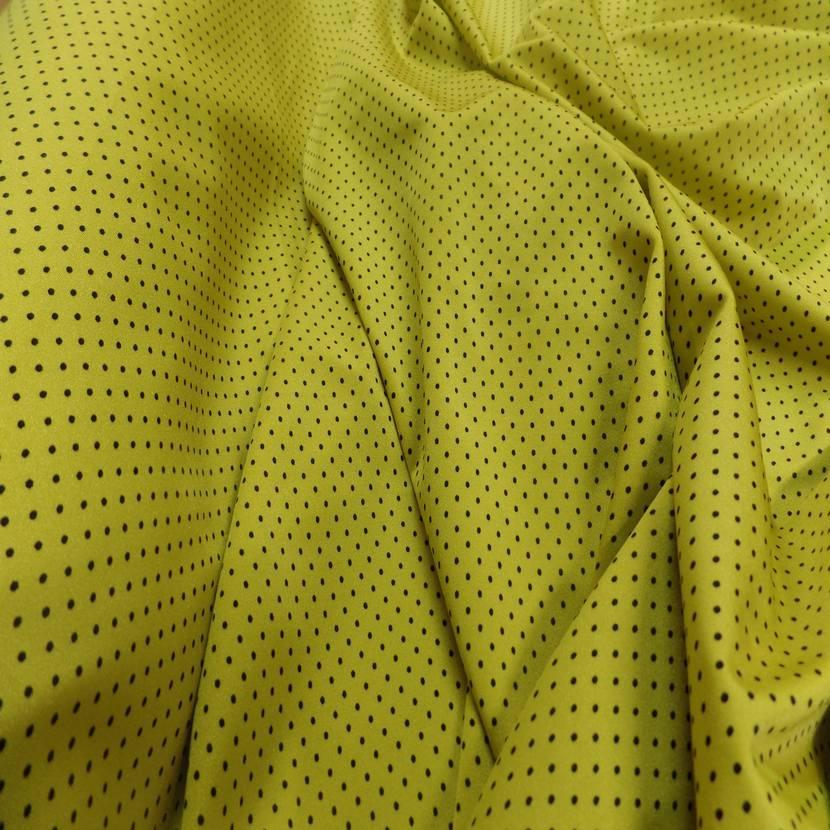 Lycra jaune satine a petit pois noir7
