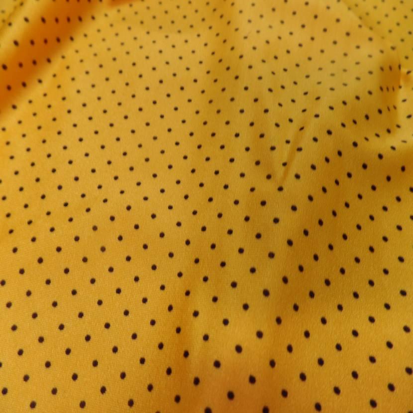 Lycra jaune soleil satine a petit pois noir2