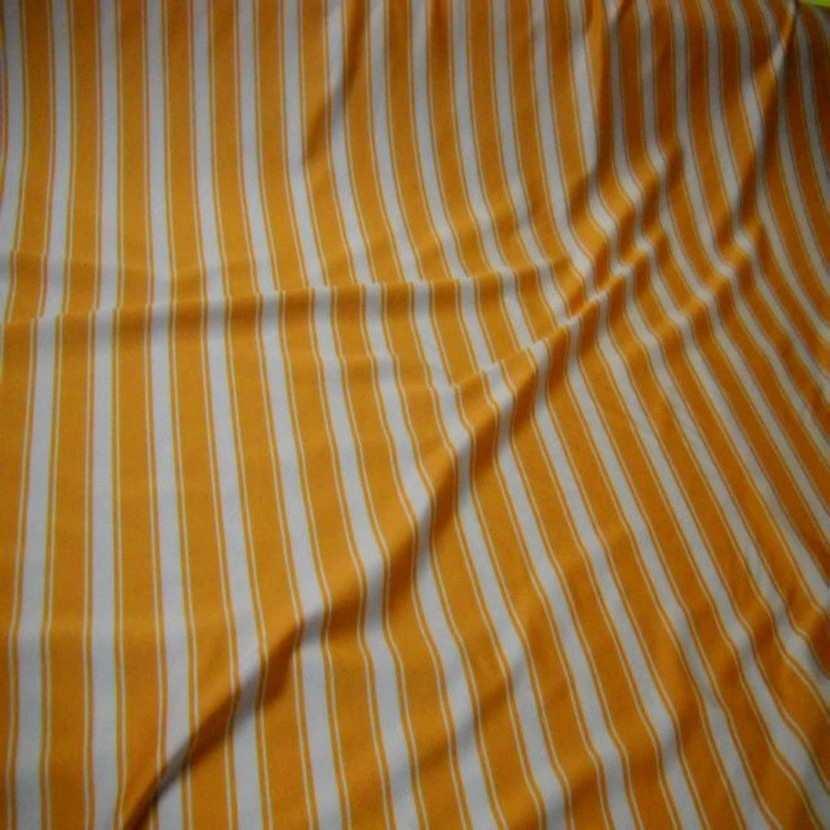 Lycra raye blanc orange3