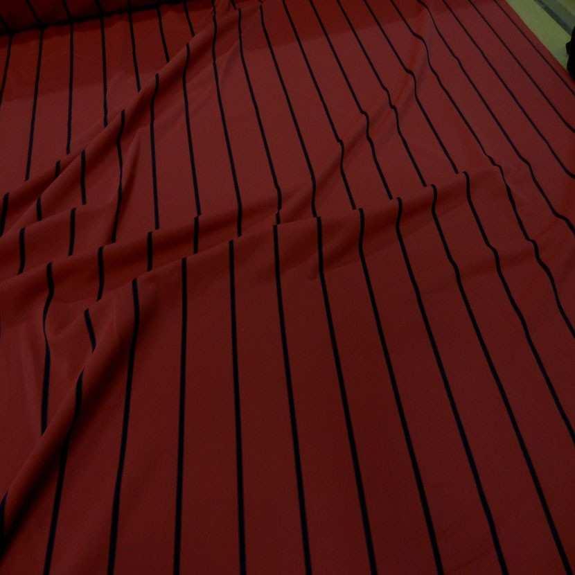 Lycra rouge bordeaux a rayures noire7