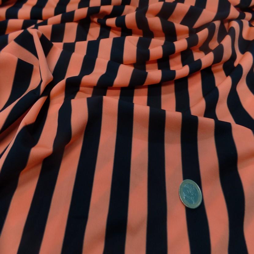 Lycra satine a rayure noire et orange8