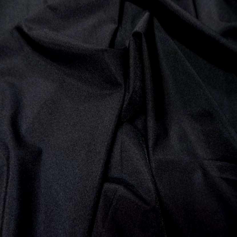 Lycra satine tres fin noir en 1 60m de large