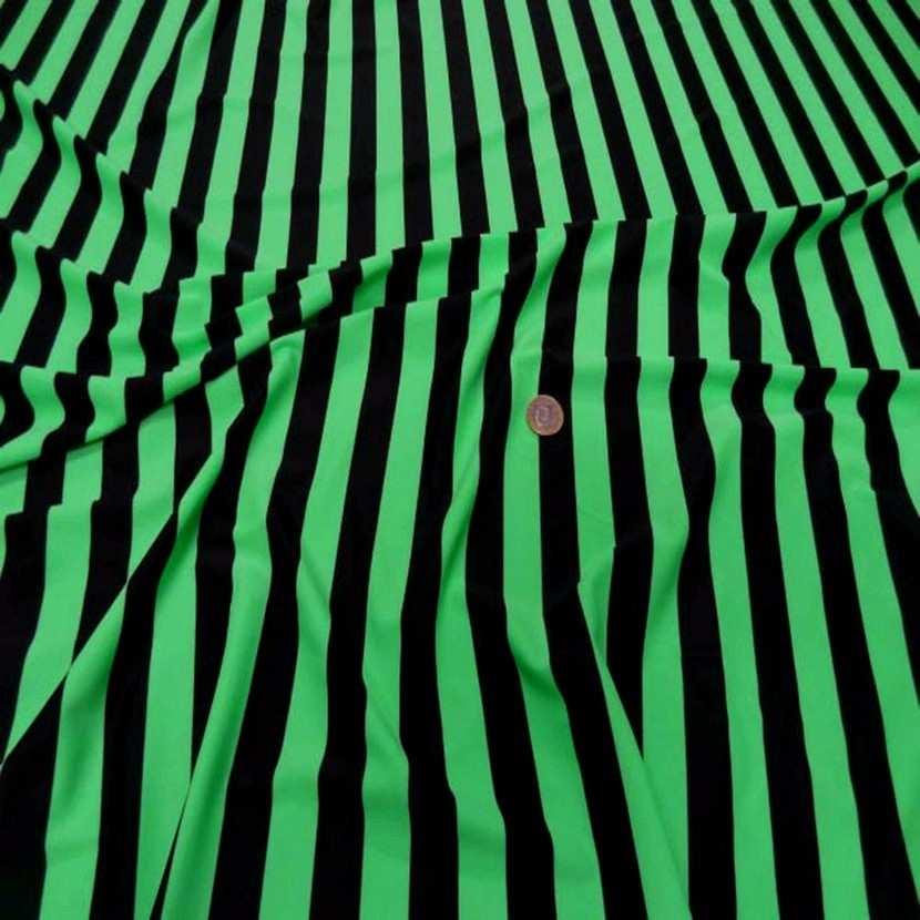 Lycra vert a rayures noire