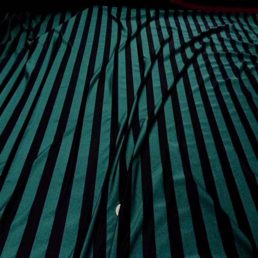 Lycra vert chine a rayures noire