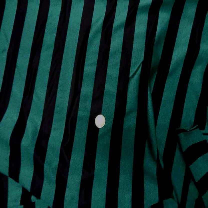 Lycra vert chine a rayures noire5