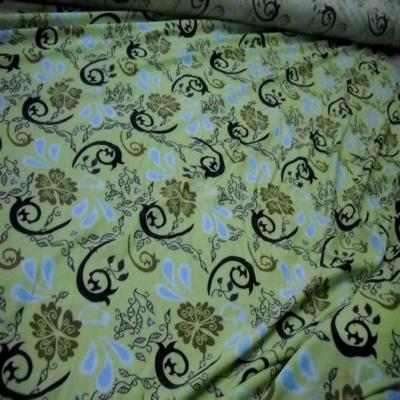 Lycra vert tilleul imprime
