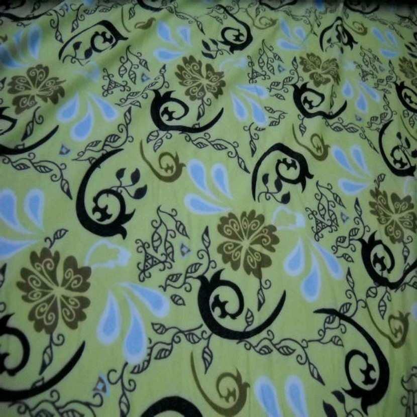 Lycra vert tilleul imprime2