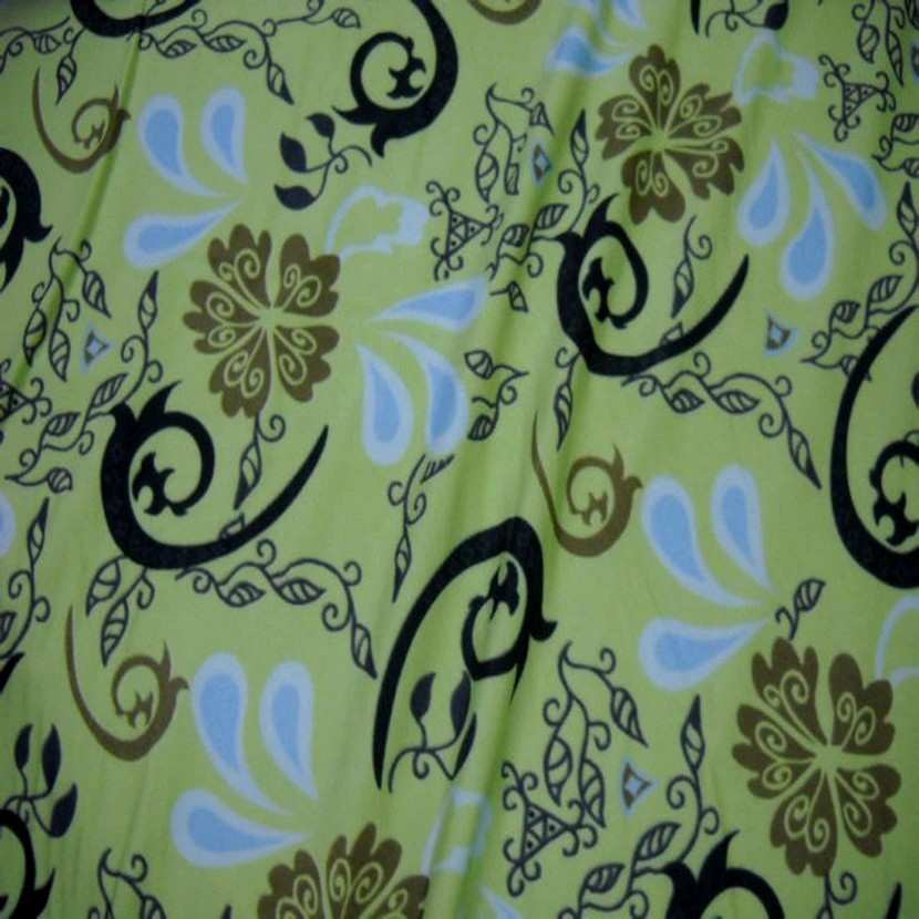 Lycra vert tilleul imprime7