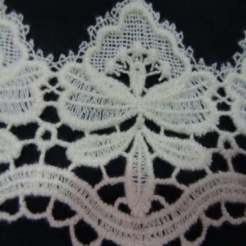 Macrame aspect coton blanc casse en 10 5cm00