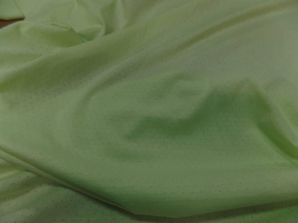 Maile jersey coton fin vert anis façonné en 1.80m de large