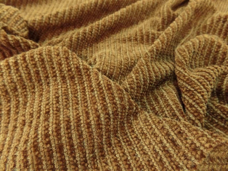 tissu maille aspect velours a cotes moutarde doré en 1.60m de large
